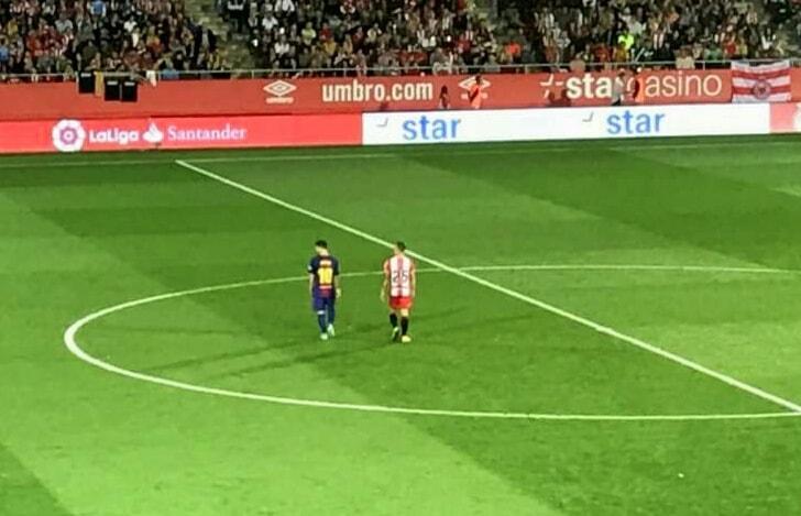 Messi Dijaga ketat oleh Pablo Mafeo